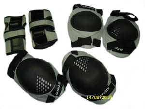 Велоформа Защита взрослая APS-01, р.XL, набор (колени+локти+кисти), серо-чёрная   ч