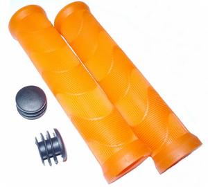 Грипсы Day Luen V-9140S L=140мм с 2 пластиковыми чёрными грипстопами, с ароматом апельсин, кратон, оранжевые   а