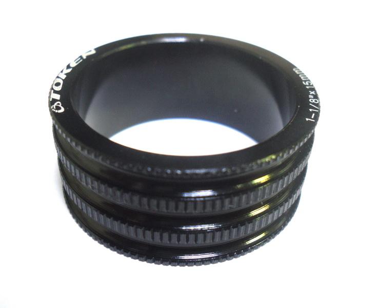 """Кольцо рулевой колонки 1-1/8"""" Н=15мм Token TKA-1231 облегчённое, AL, чёрное"""